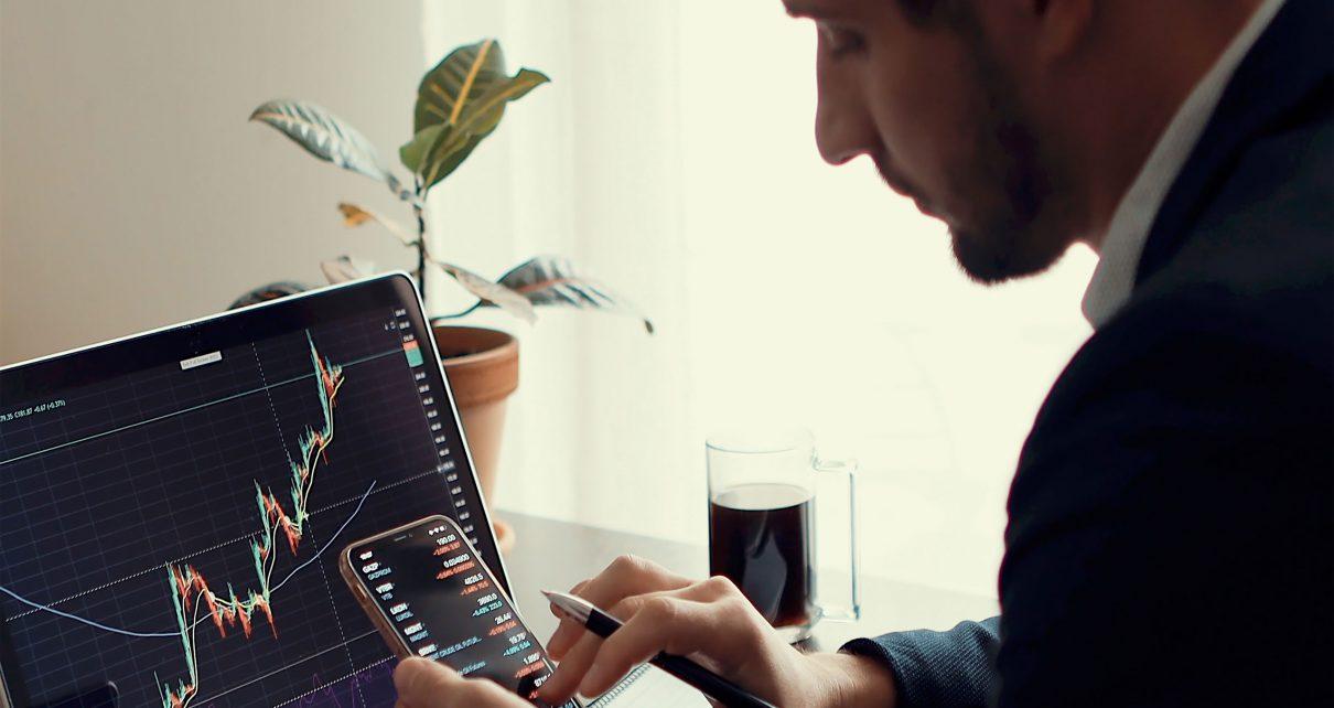 investment stockbroker trading