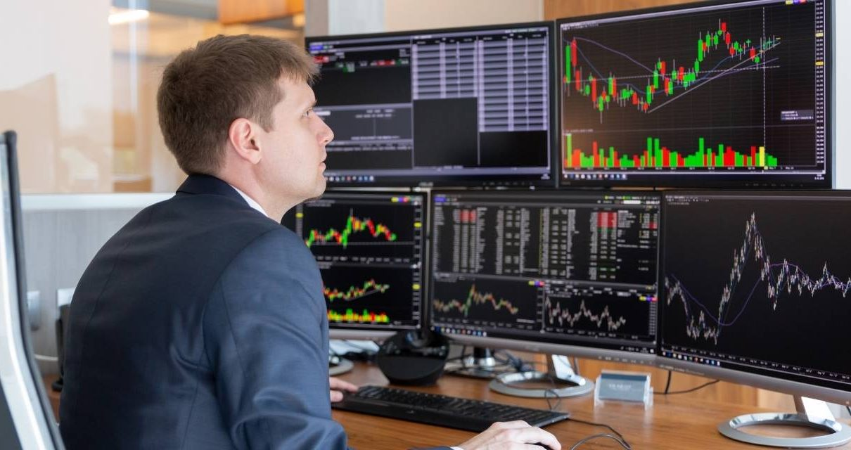 how to trade price movements